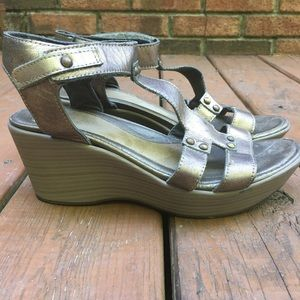 Naot Metallic Bronze Wedge Sandals Leather Size 39